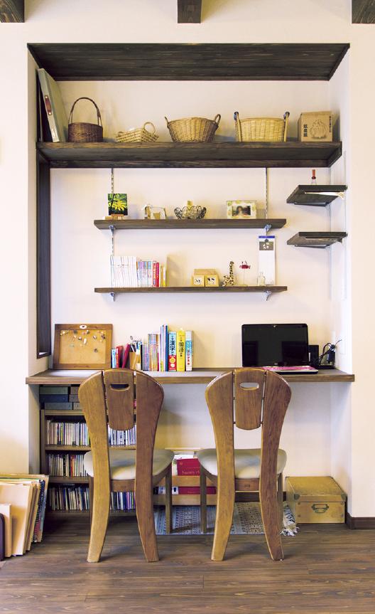 内装と椅子の写真